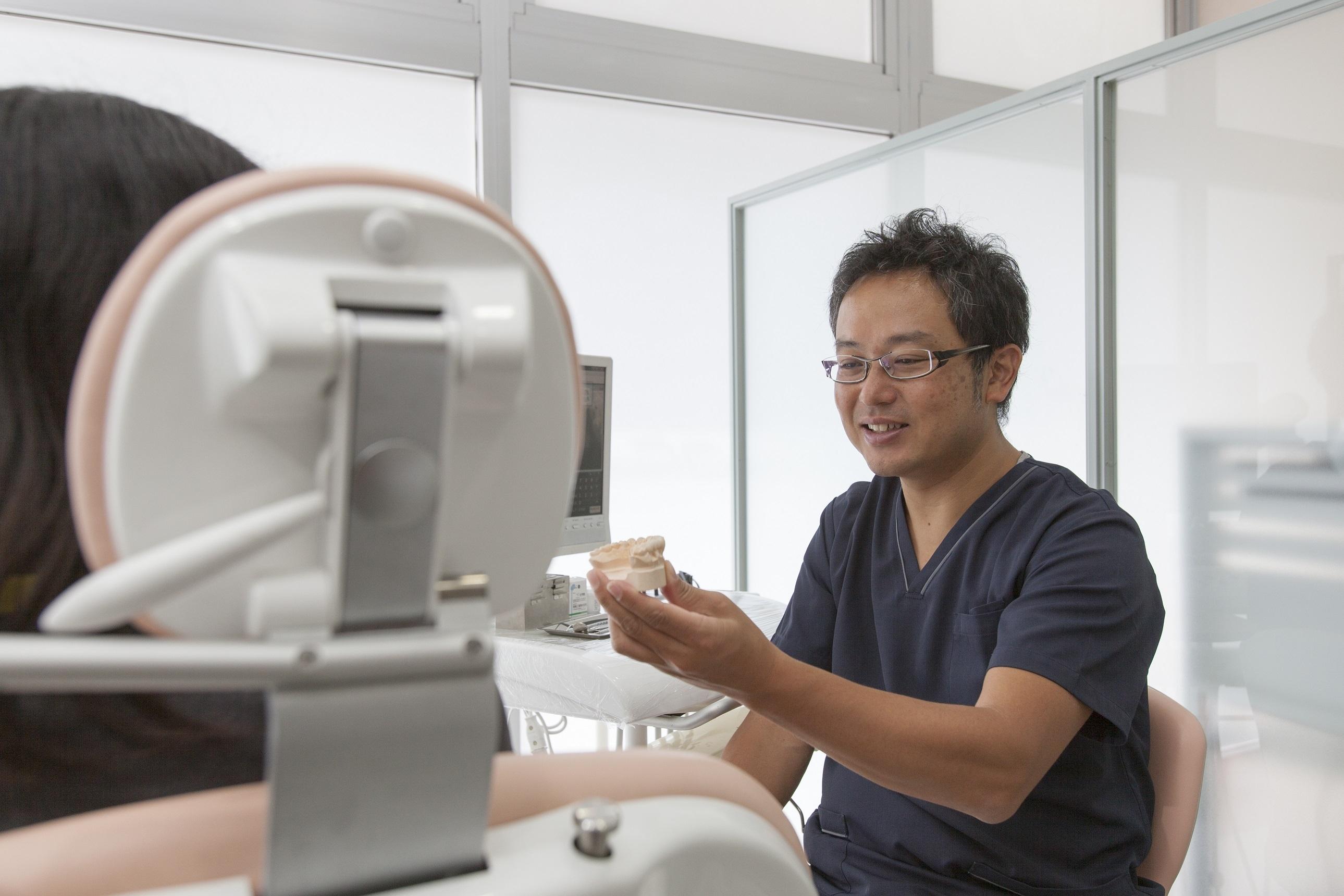川崎市武蔵新城の歯医者・歯科なら、ふぁみりあ歯科のスタッフ紹介